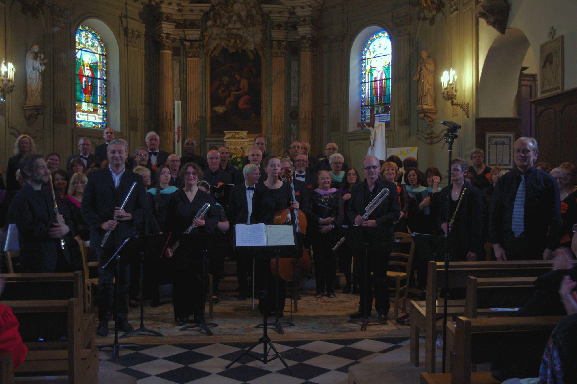 les musiciens et les chœurs