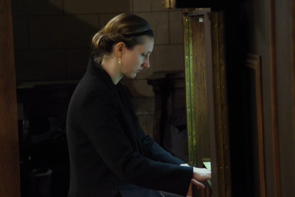 Delphine LHERBIER, organiste