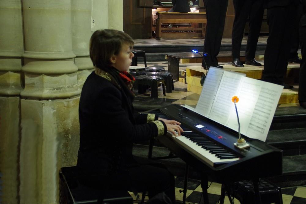 Cassandre COURTIES, accompagnatrice du CHŒUR RÉSONANCE